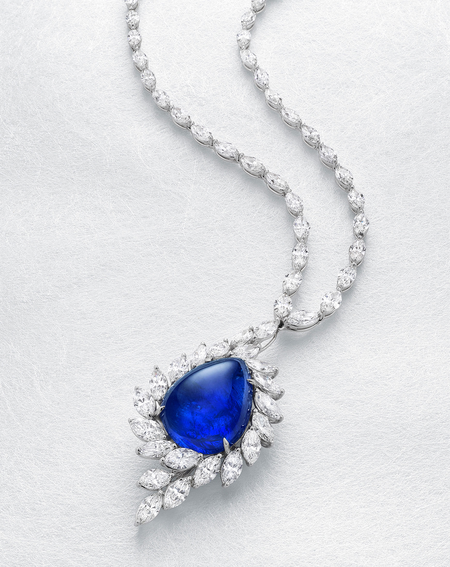 PearShapeSapphireNecklace